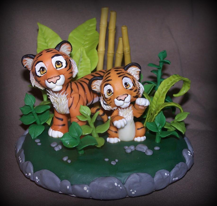 tigers cake topper by melinaminotti on DeviantArt