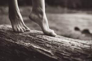 Ode aux nus pieds by Julieoftheworldtree