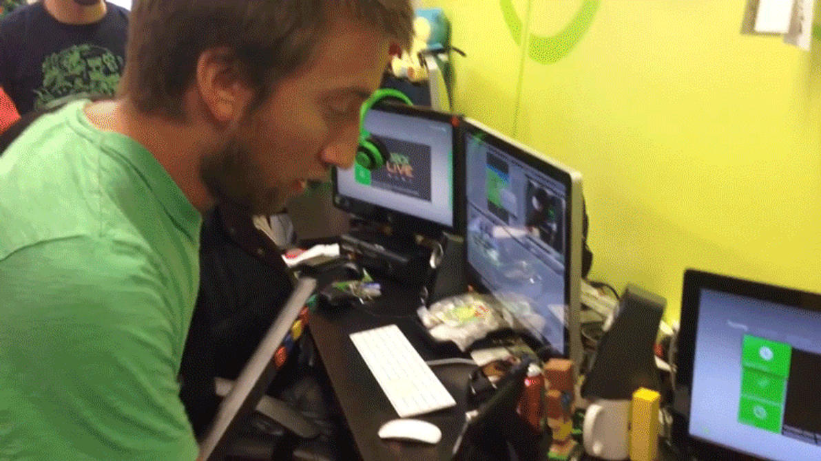 Michael Jones vs Gavin Free gif by Dustiniz117 on DeviantArt