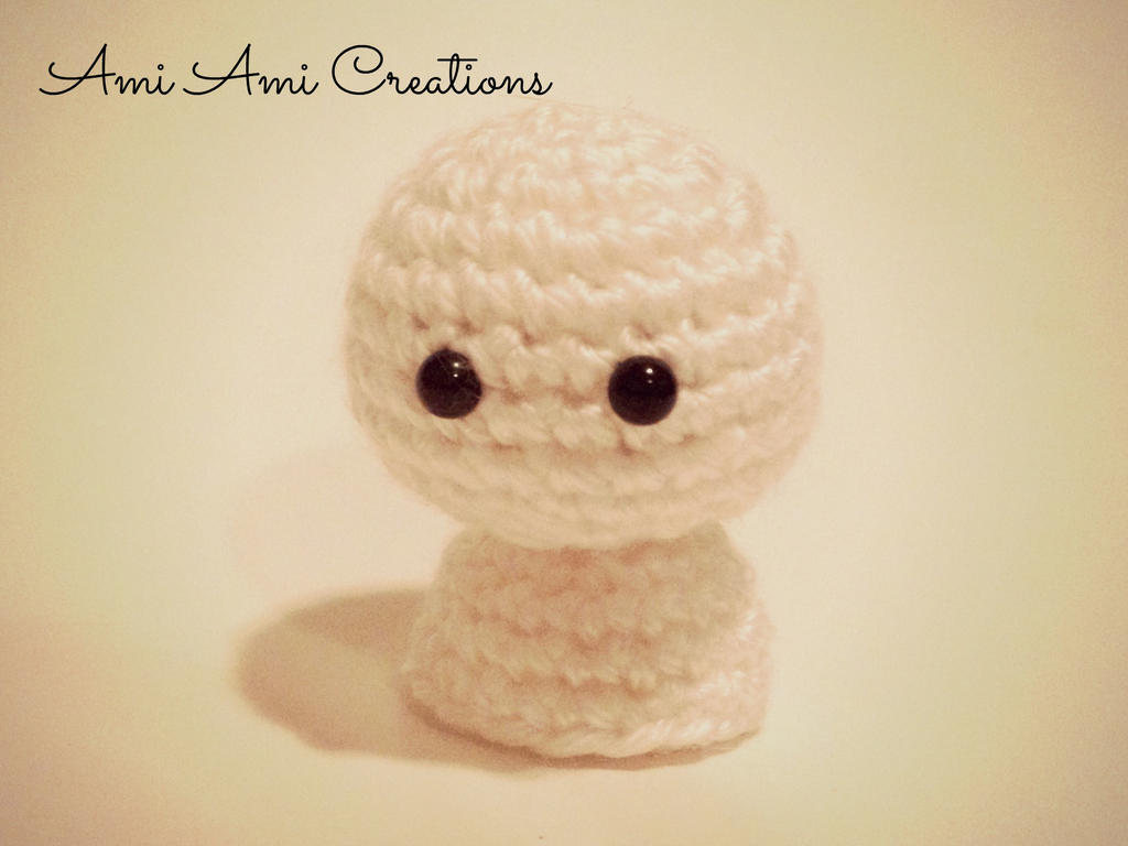 Amigurumi Little Ghost by AmiAmiCreations on DeviantArt