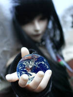 The world in your hands by Kelsievent