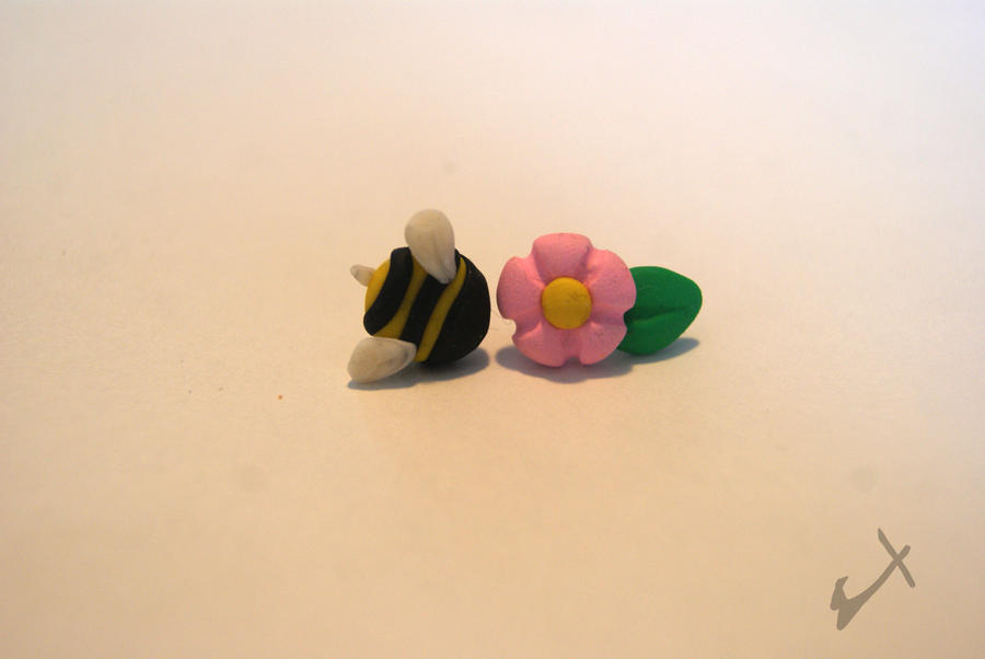 Bee and Flower Studs by The-Erin-show