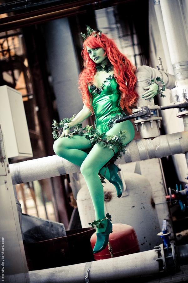 Poison Ivy by TaisiaFlyagina