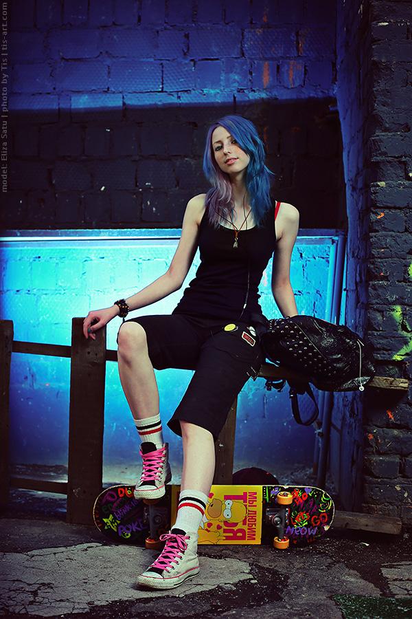 Skater girl III by TaisiaFlyagina