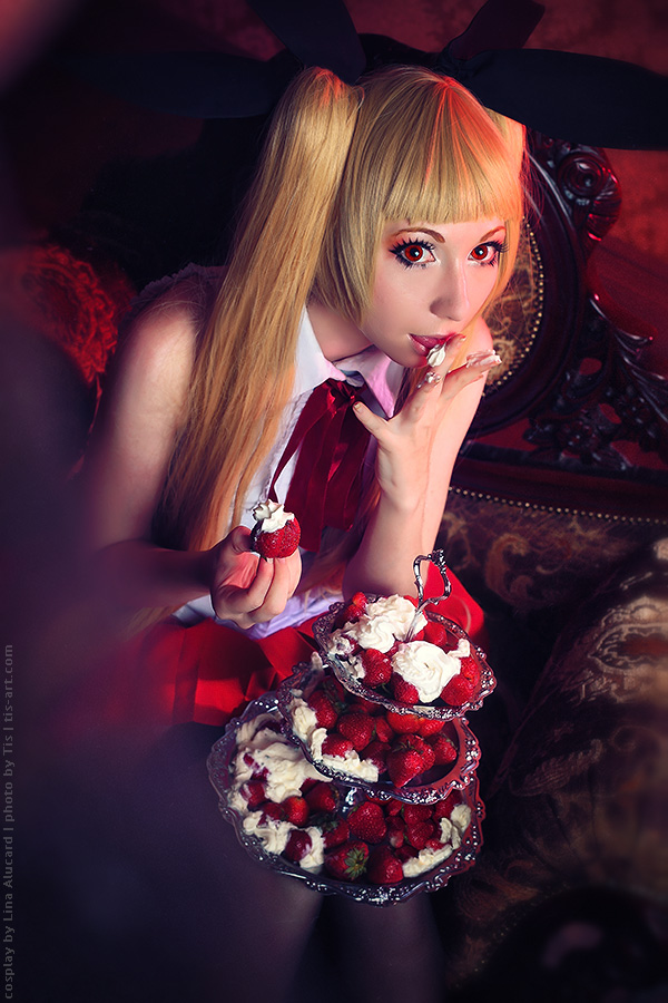 Rachel Alucard, strawberries and cream by TaisiaFlyagina