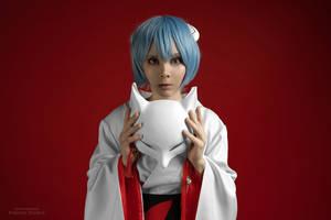 Behind the mask by TaisiaFlyagina