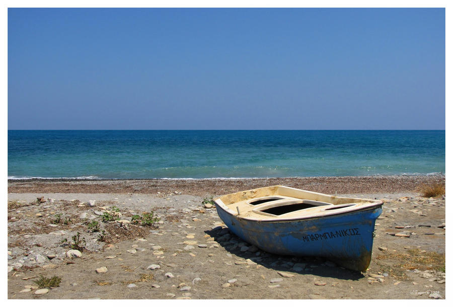 An old boat and the Sea by Pajunen