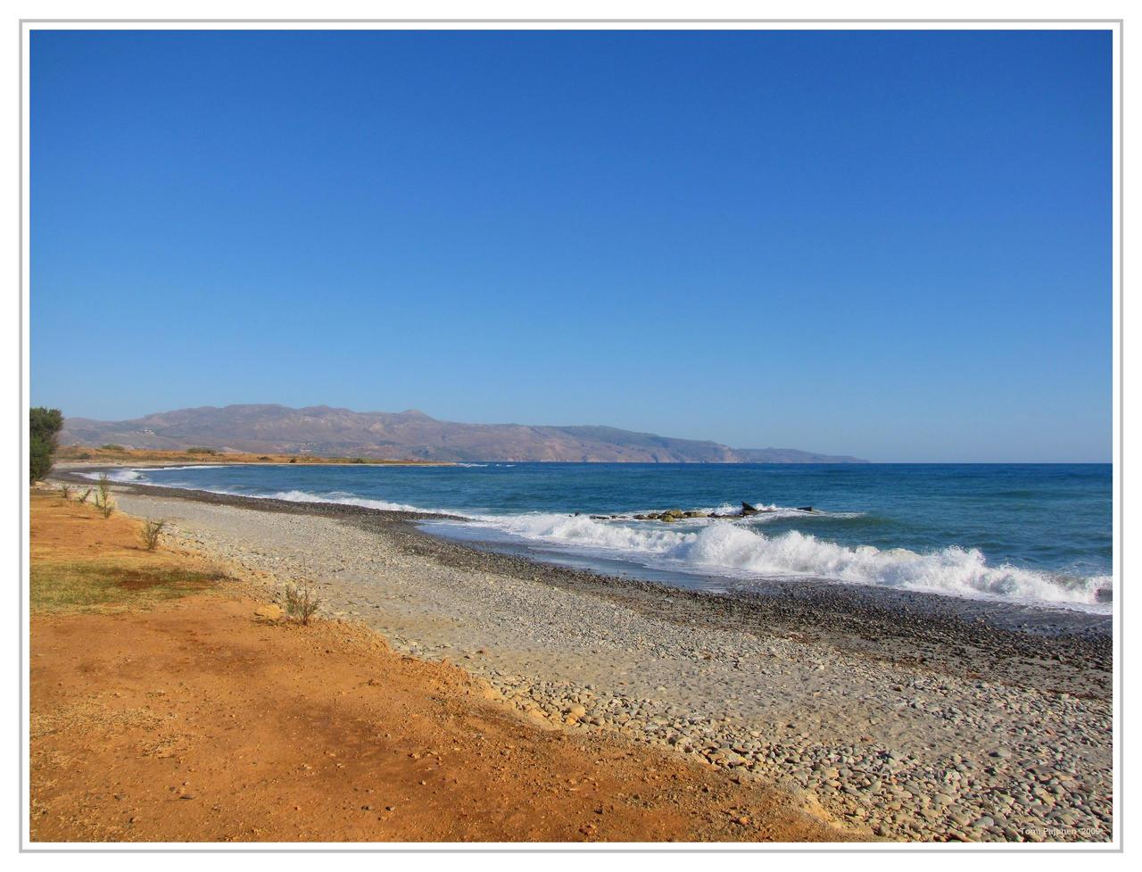 Mediterranean Sea Shore by Pajunen