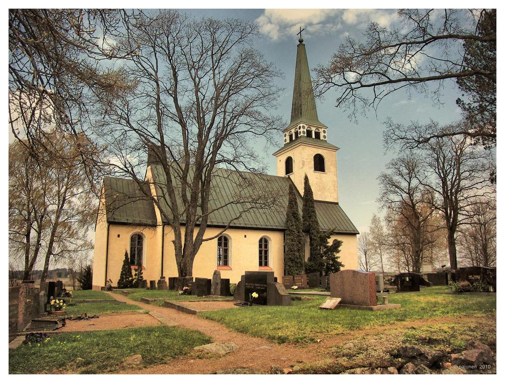 Degerby Church by Pajunen