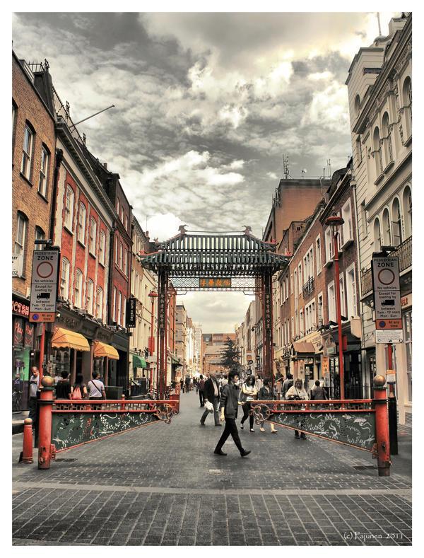 Walking in Chinatown by Pajunen