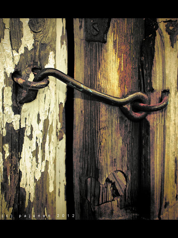 Old Lock Hook by Pajunen
