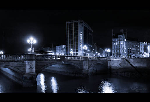 O'Connell bridge by night