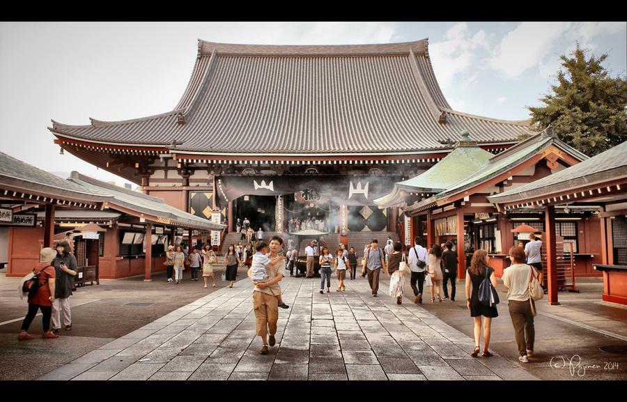 Asakusa, Tokyo by Pajunen