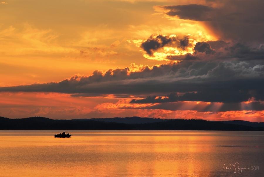 Sunset Fishermen by Pajunen