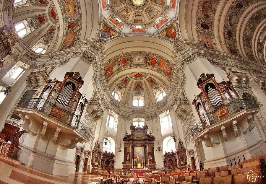 Salzburg Cathedral by Pajunen