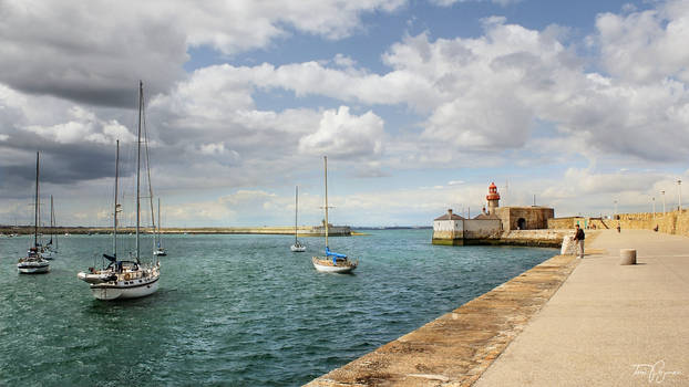 Summer Day in Dun Laoghaire