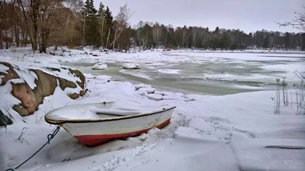Snowy Rowboat by Pajunen