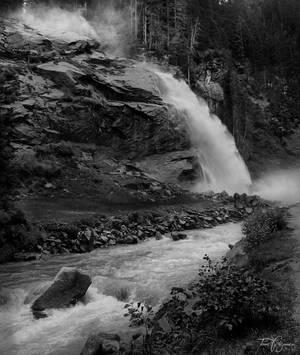 Krimml Waterfall by Pajunen