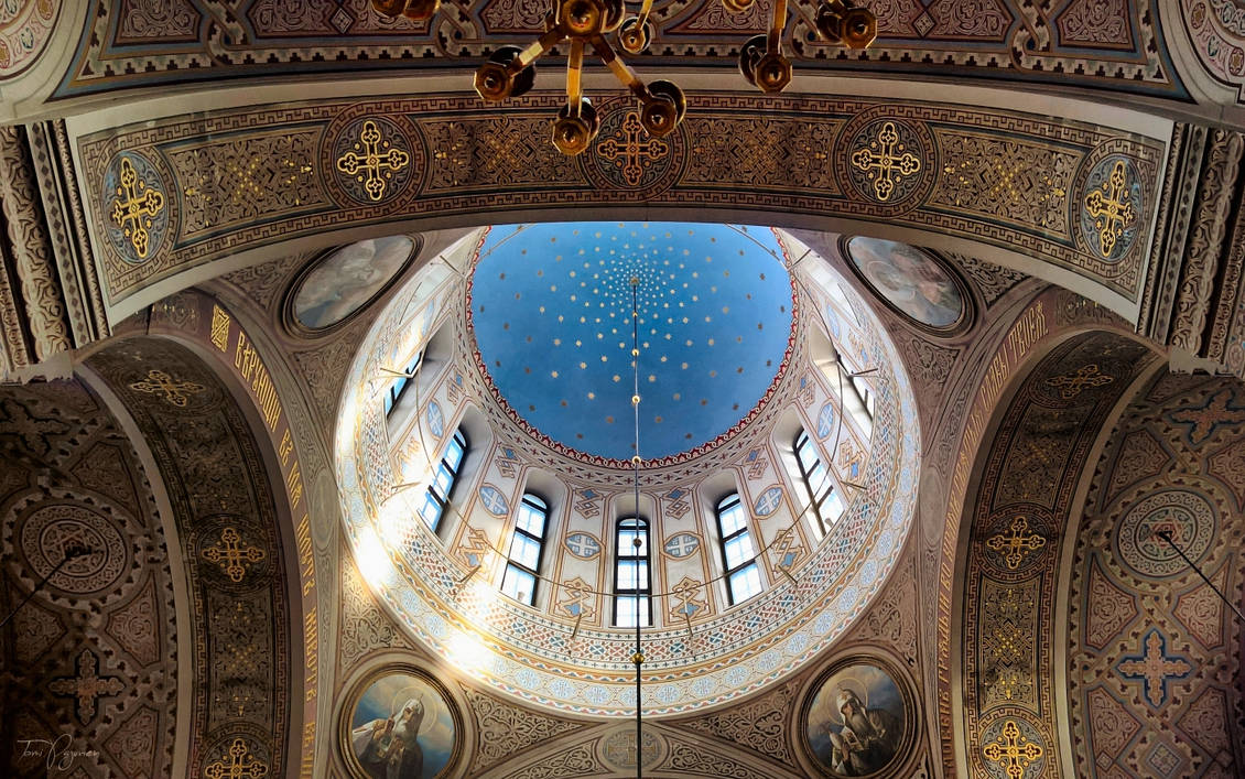 Uspenski Cathedral Ceiling by Pajunen