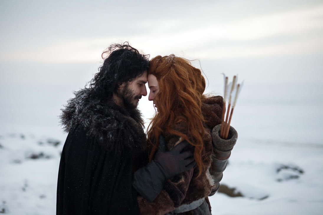 ygritte jon dating Later, jon visits tormund, who tells jon that ygritte truly loved him, and asks him to lay ygritte to rest north of the wall jon later takes his love's body into the woods and burns it, weeping as he walks away.