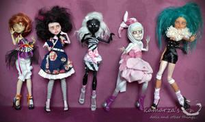 Monster Girlsband by kamarza