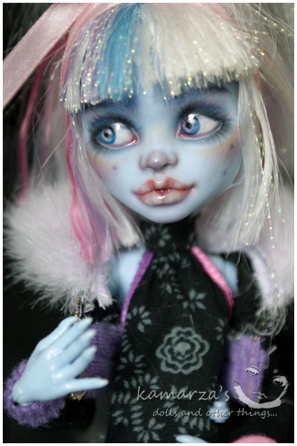 Hailey Snow MH Abbey repaint 3 by kamarza