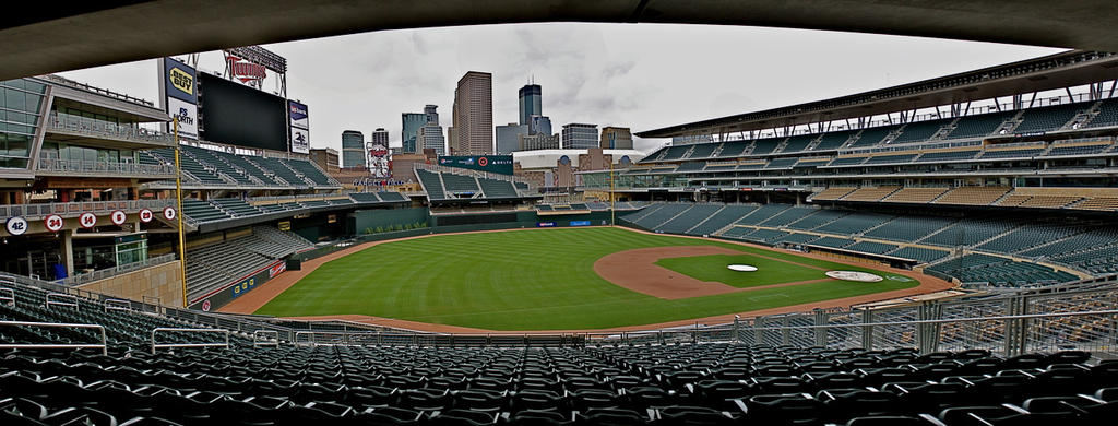 Target Field by thorshammerthor