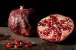 Pomegranate by Delahkor