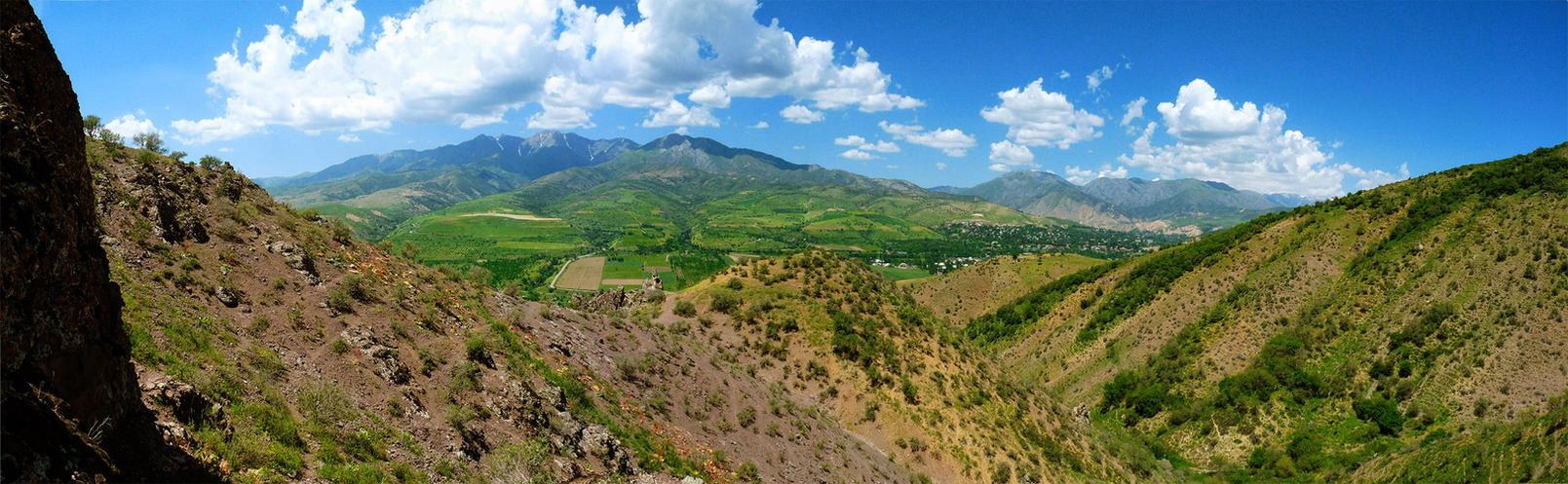 Khodjikent mountains by EldarZakirov