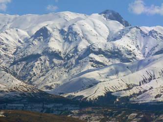 Mountains of Uzbekistan by EldarZakirov