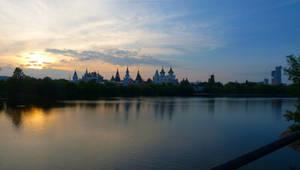 Evening in Moscow: Ismailovo Kremlin by EldarZakirov