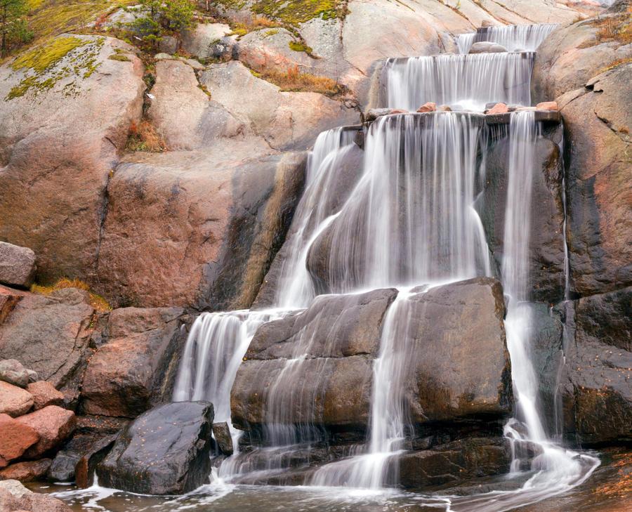 Waterfall by olgaFI
