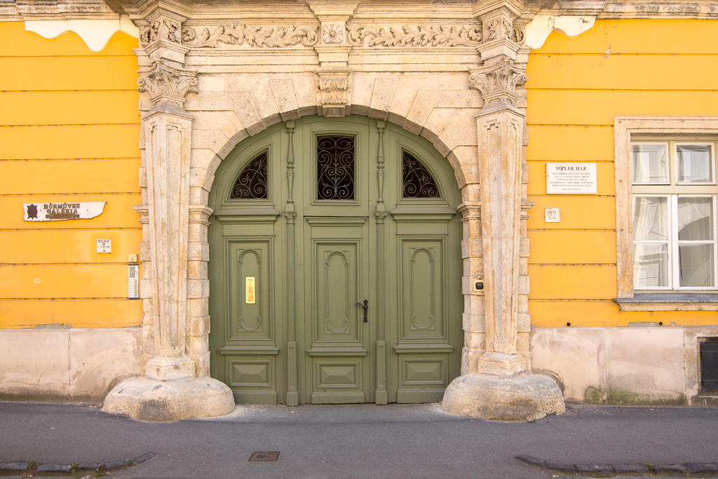 Old doors of Sopron by olgaFI
