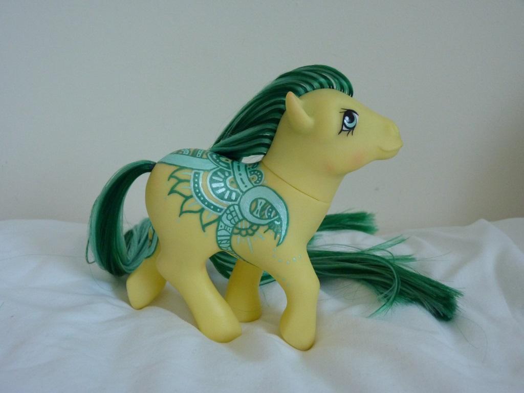 Custom my little pony Henna pony Halisa 3 by thebluemaiden