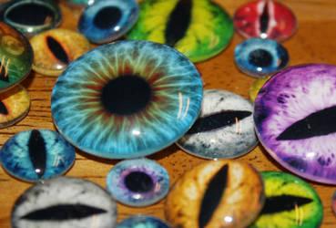 Handmade Glass Taxidermy Eyes for Pendants