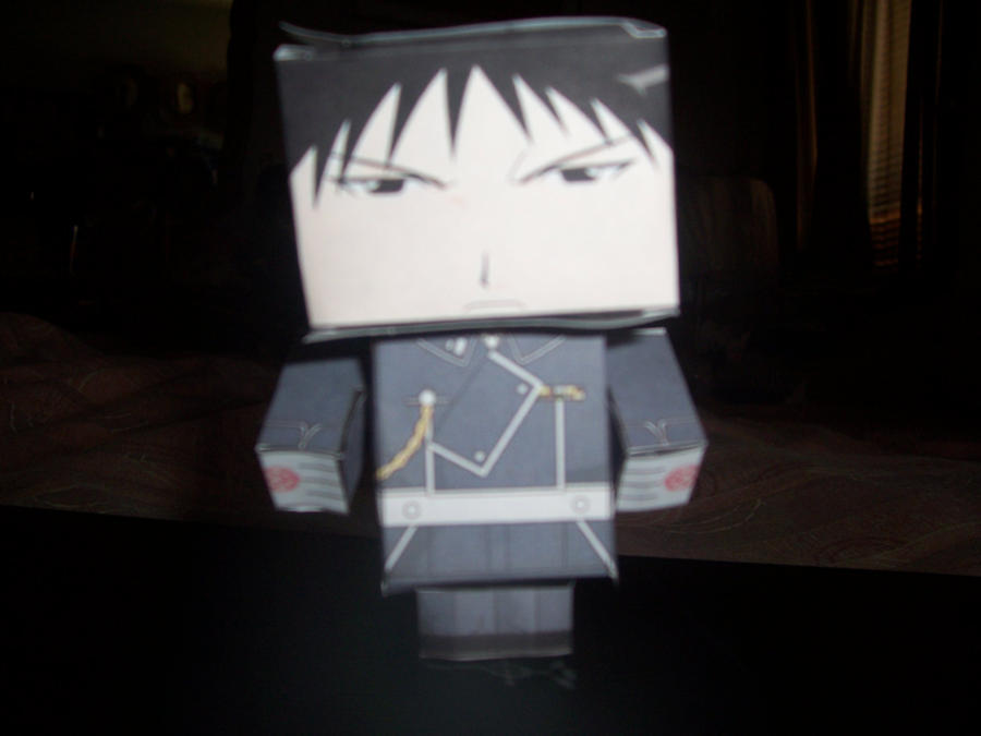 Roy Mustang - Papercraft by Darkflametailz