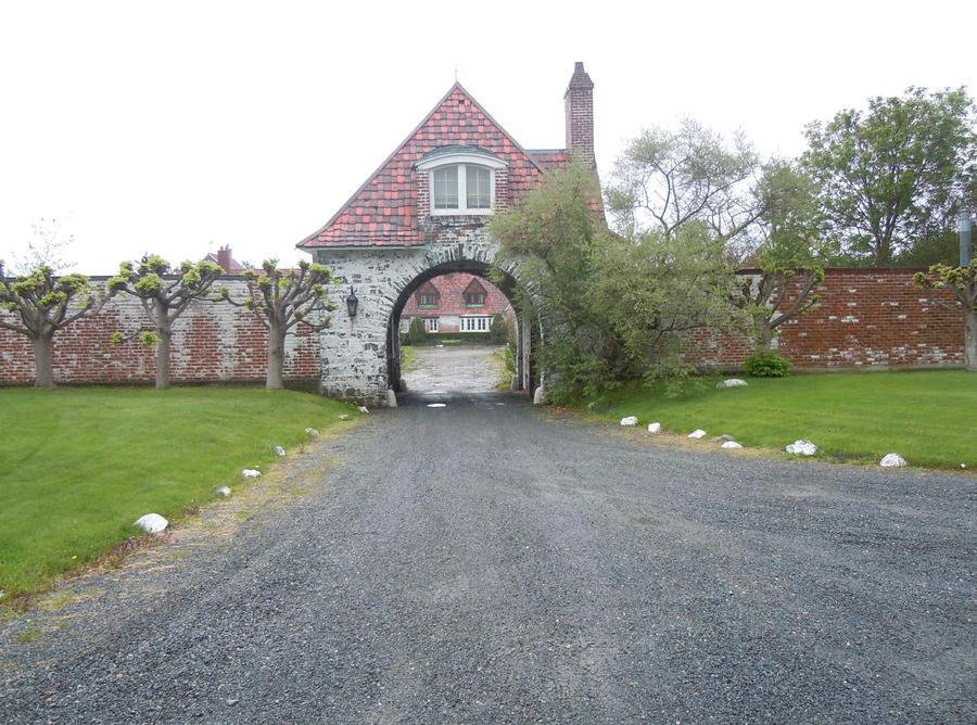 Arch in Newport