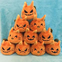 Cat-o-Lantern Puddings by NekoKittyStudio