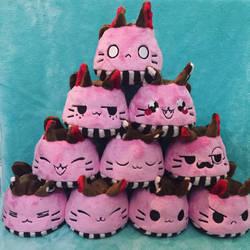 Chocat Strawpurry Pudding Plush