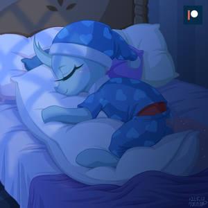 She Loves Pillow