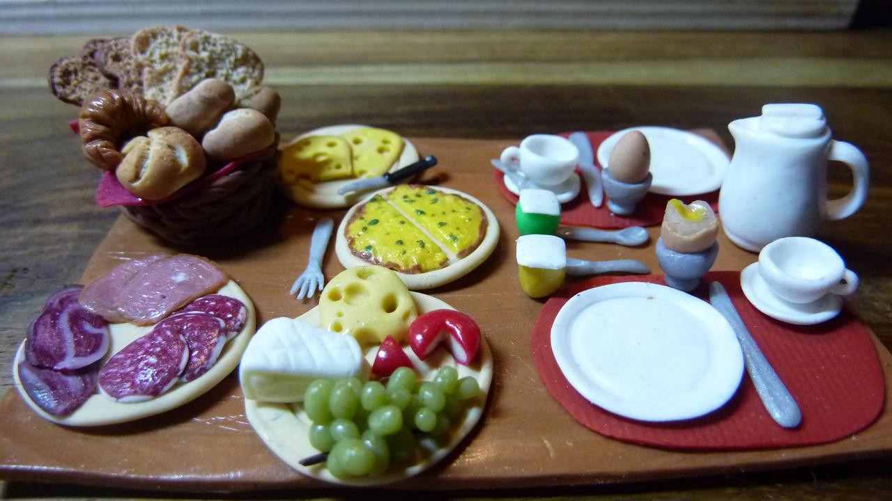 Breakfast  B+B De Vlaamse Gaai by mellisea