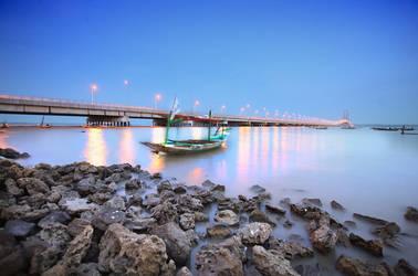 Suramadu Bridge by agitama