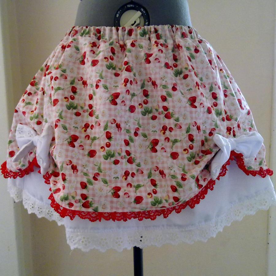 Strawberry Lolita Skirt by BlakBunni
