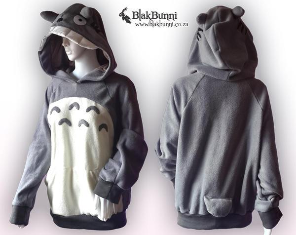 Totoro inspired hoodie by BlakBunni
