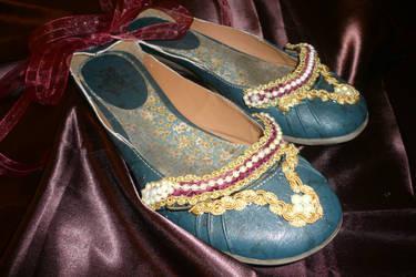 Princess Elizabeth I Shoes by pinkxxnightmare