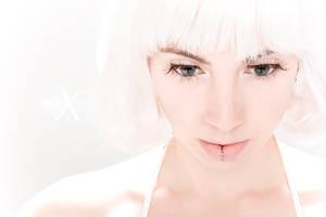 Lena Mattux - Hi-Phi_white 12