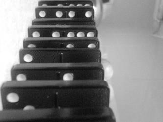 Dominoes by fuzzpooh