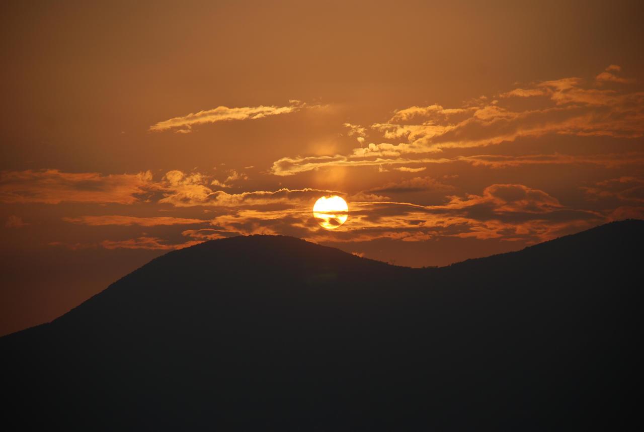 دانستنیها . سر گرمی . راز و... - عکسهای رمانتیک از غروب آفتاب