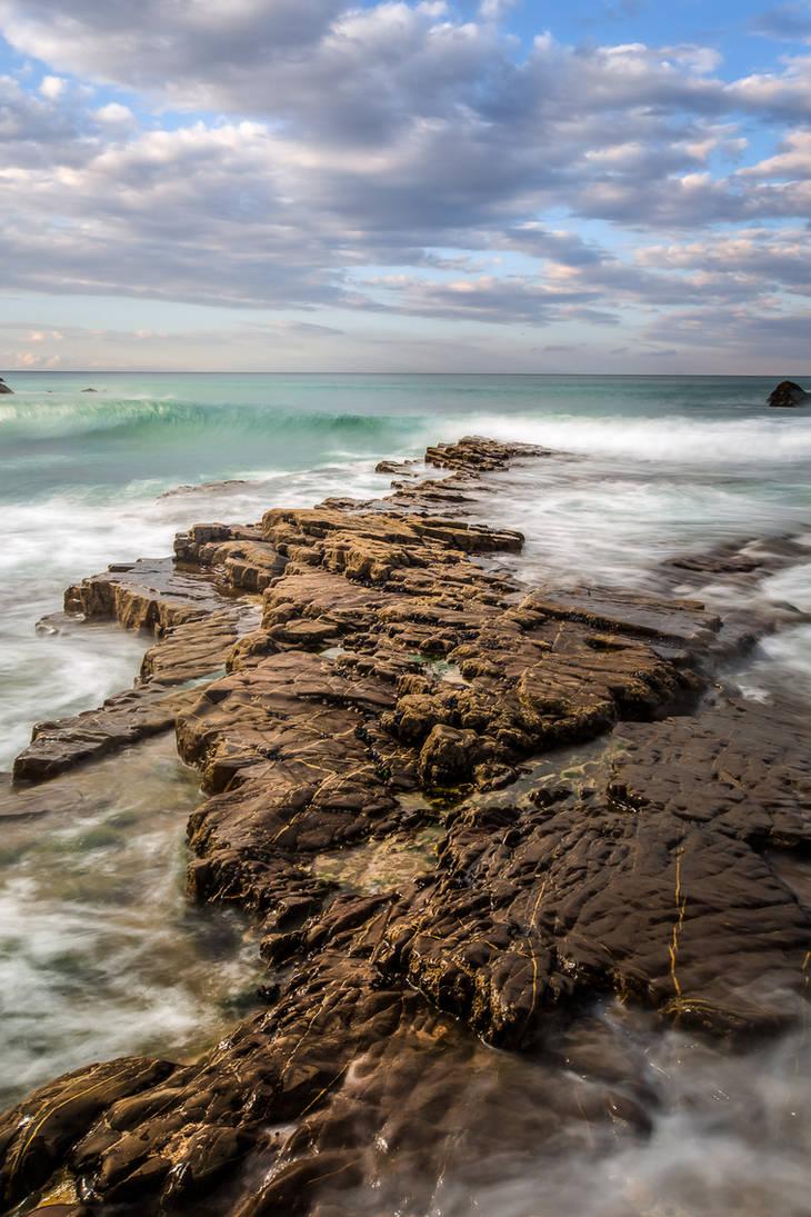 wavewatching on cornish stonecoast