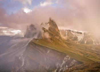 suedtirol seceda in a cloudy mood